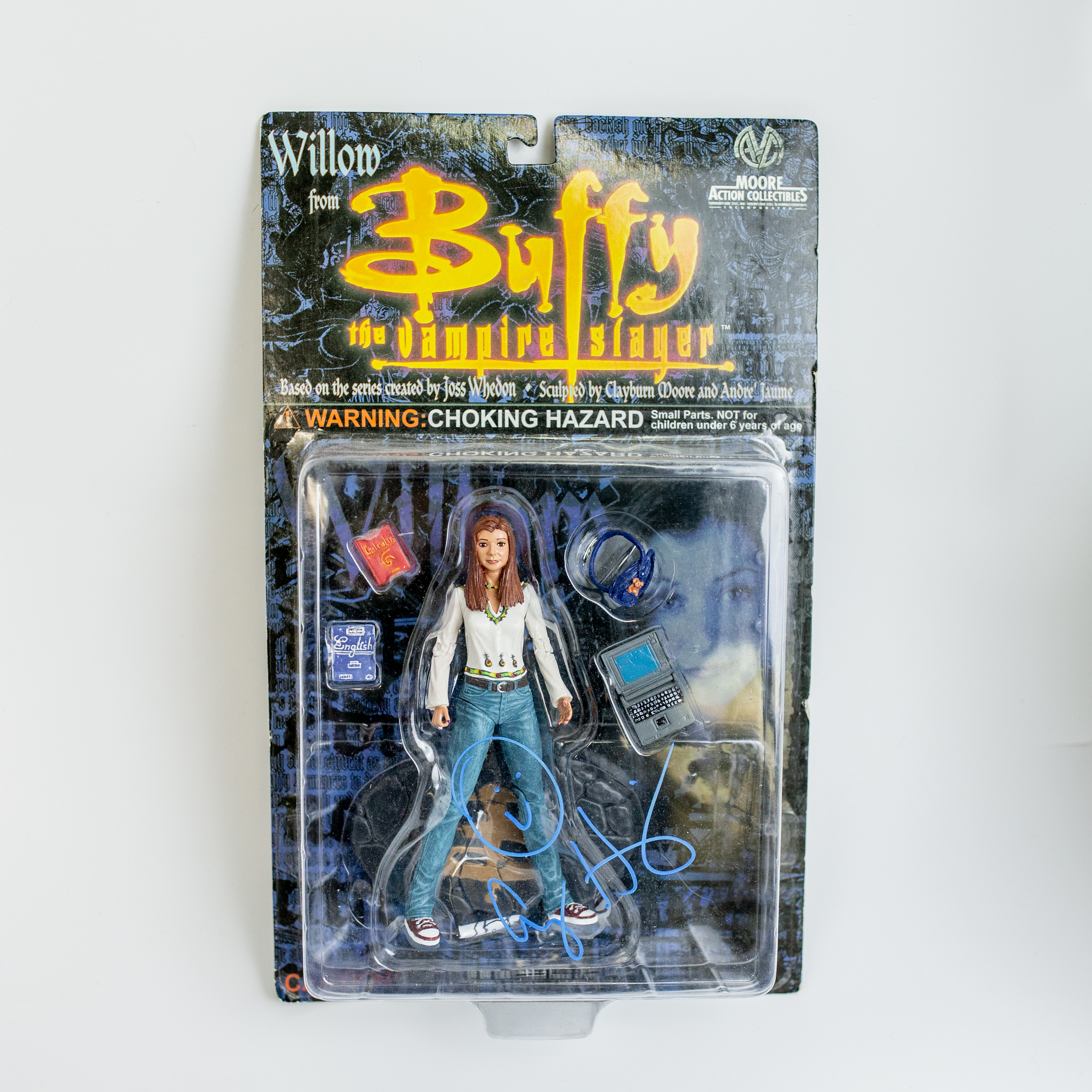 Alyson Hannigan Original Autogramm auf Buffy Figur - Willow from Buffy the Vampire Slayer